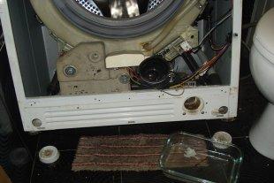 Устранение засора в стиральной машине Samsung