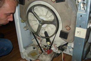 Стиральная машина Zanussi разбор корпуса