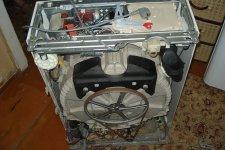Стиральная машина Zanussi, вид без корпуса