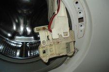 Ремонт блокировки люка в стиральной машине Занусси