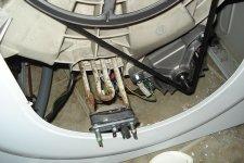 Извлечение старорого ТЭН из стиральной машины Indesit