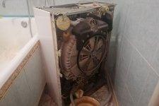 Стиральная машина Занусси в разобраном виде