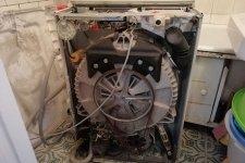 Стиральная машина Занусси в разобранном виде